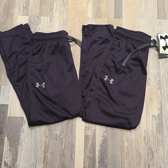 2 Pairs Under Armour Boys Youth Active Pants